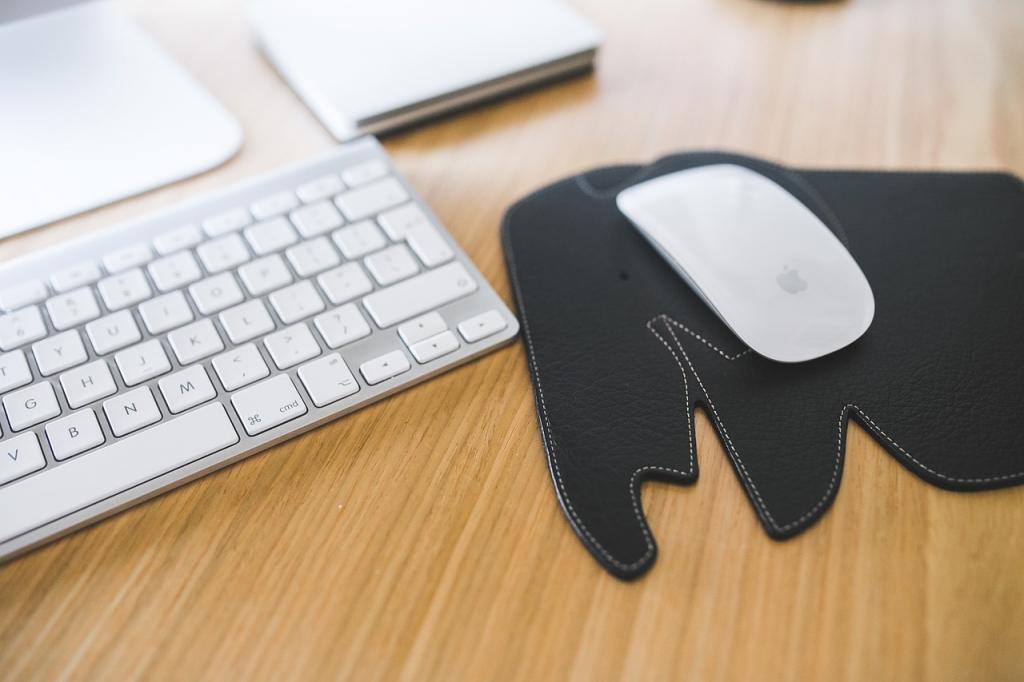 12-mousepad